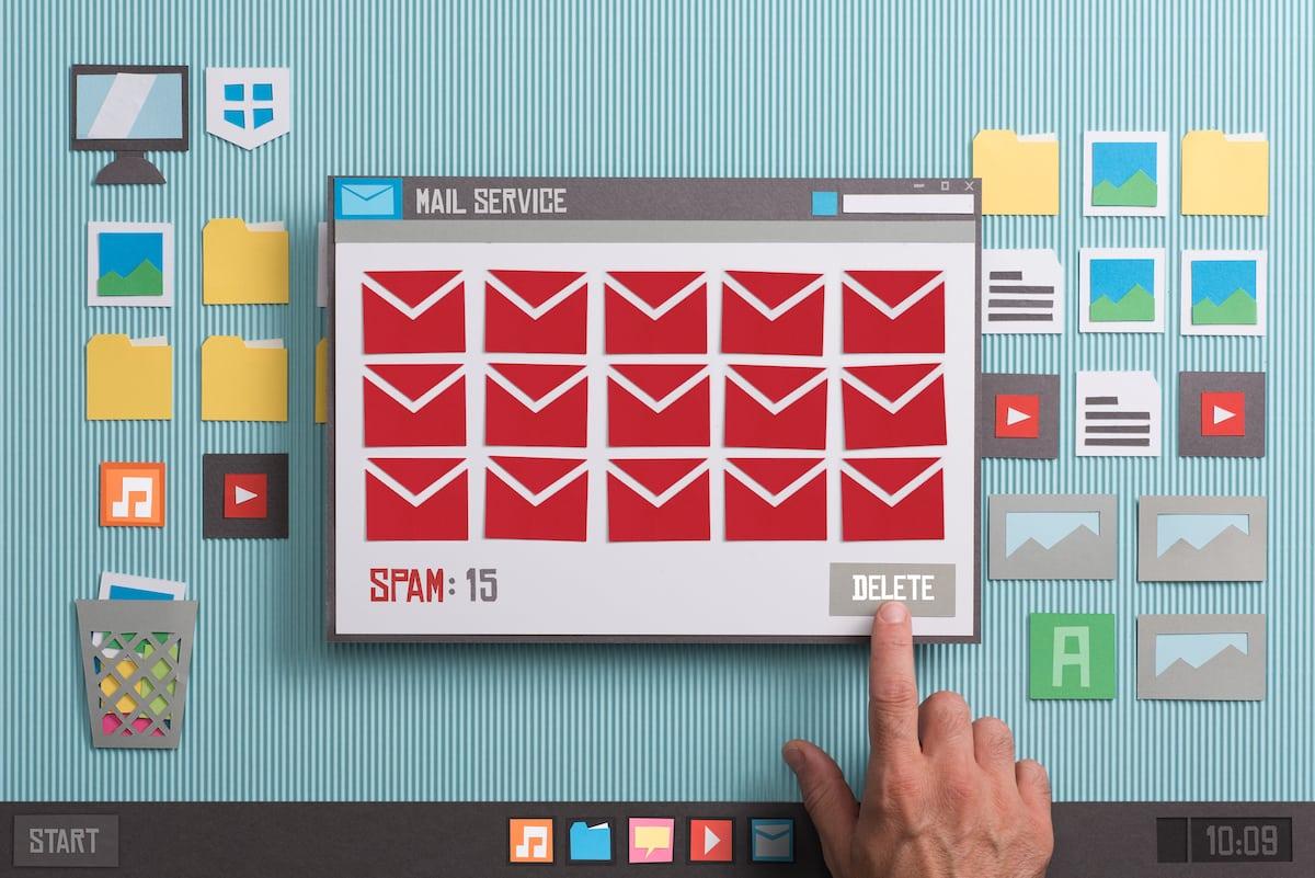 Mesaje Spam. Trimiterea de mail-uri comerciale fără un acord prealabil este interzisă